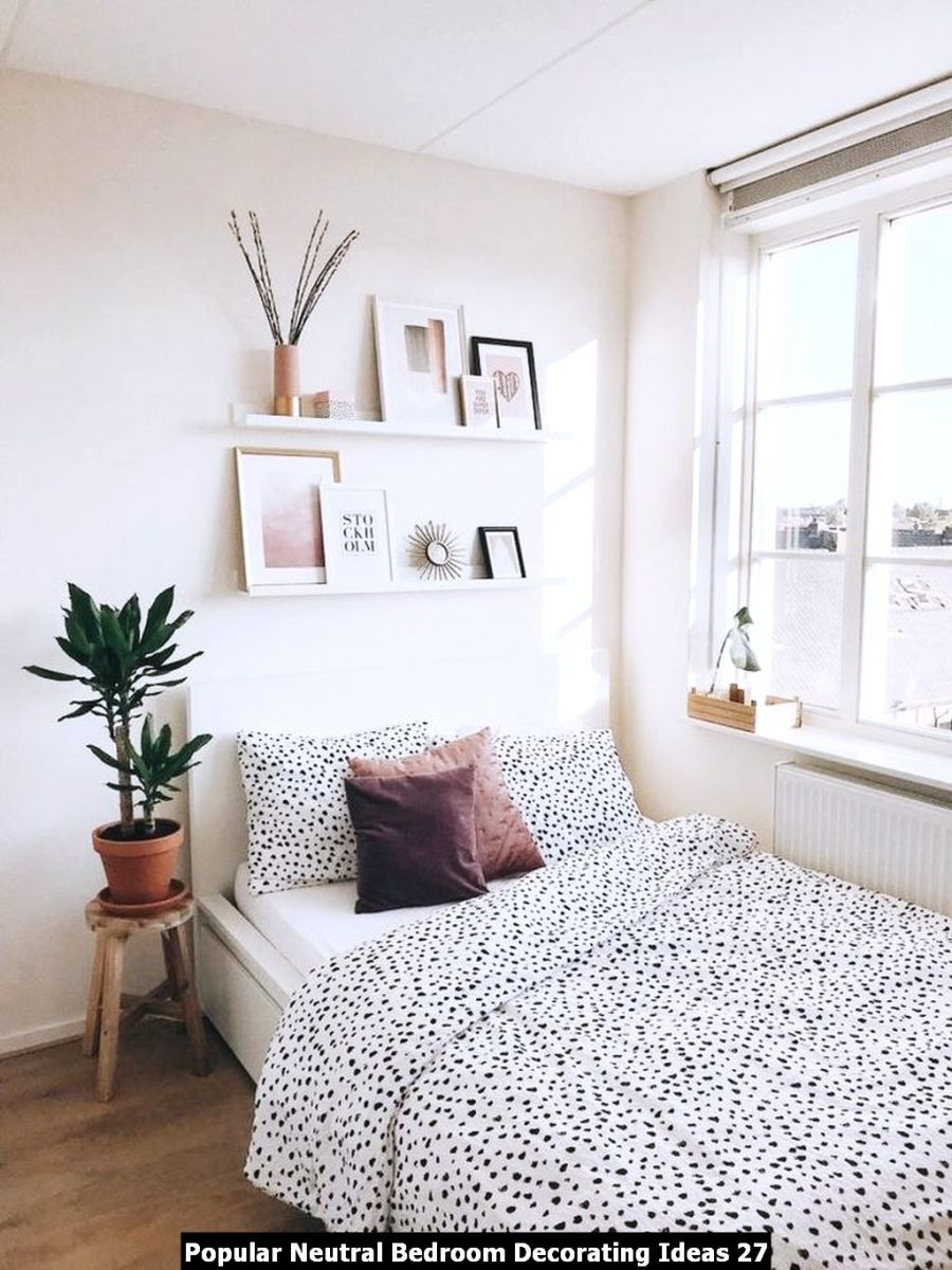 Popular Neutral Bedroom Decorating Ideas 27