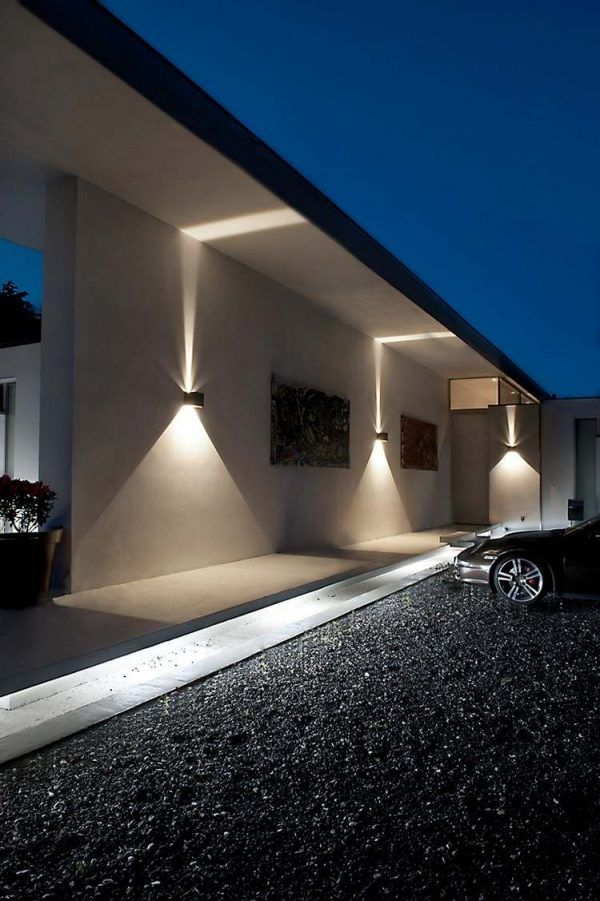 Modern Outdoor Wall Sconce