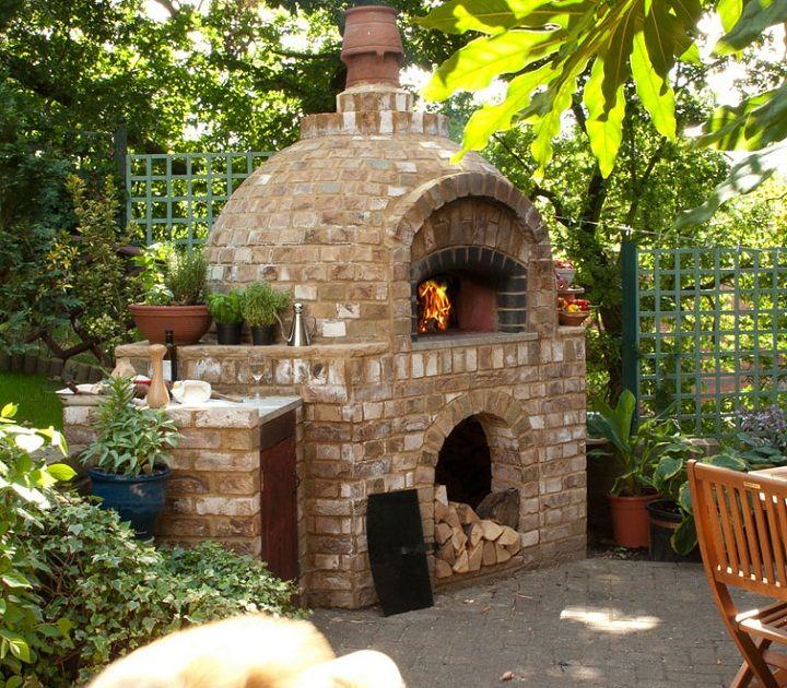 Outdoor Wood Pizza Oven