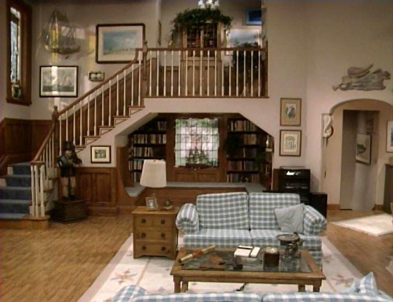 Full House Living Room