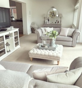Affordable Living Room Summer Decorating Ideas 03