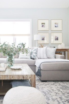 Affordable Living Room Summer Decorating Ideas 07