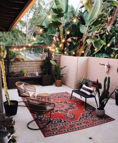 Affordable Living Room Summer Decorating Ideas 11