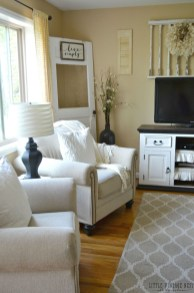Affordable Living Room Summer Decorating Ideas 13