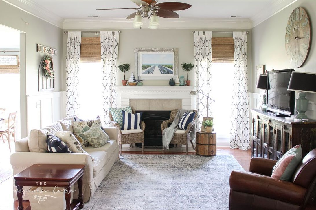 Affordable Living Room Summer Decorating Ideas 28