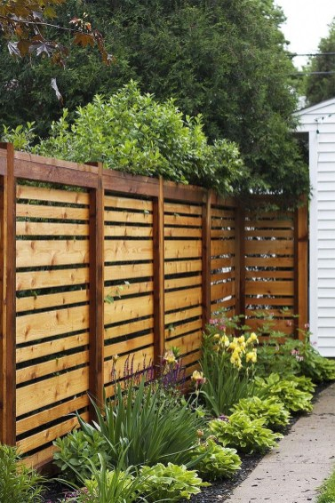 Captivating Fence Design Ideas That You Can Try 09