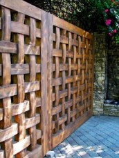 Captivating Fence Design Ideas That You Can Try 31
