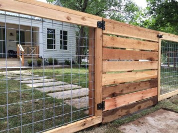 Captivating Fence Design Ideas That You Can Try 50