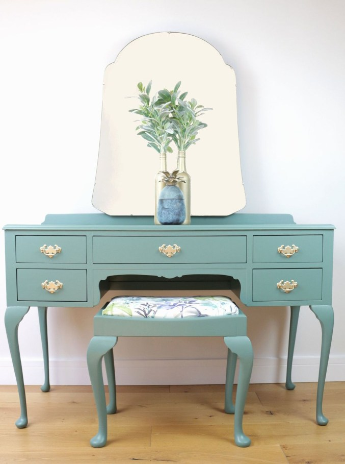 Casual Dressing Table Ideas In Your Room 23