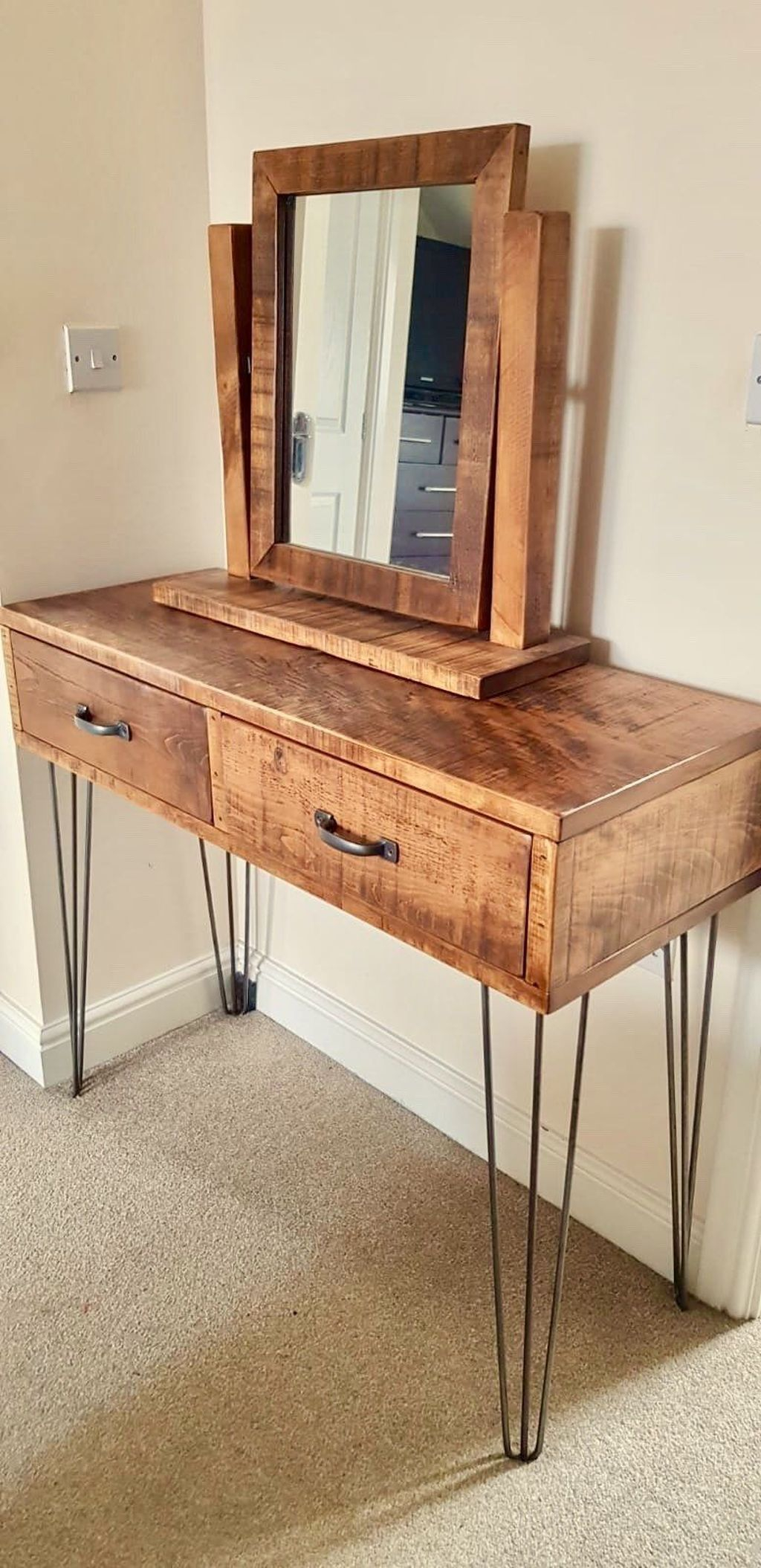 Casual Dressing Table Ideas In Your Room 46