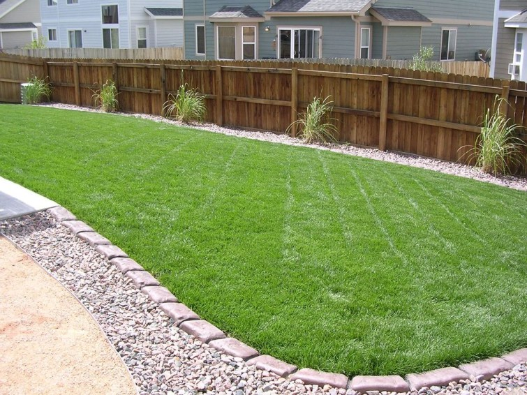 Perfect Green Grass Design Ideas For Front Yard Garden 51