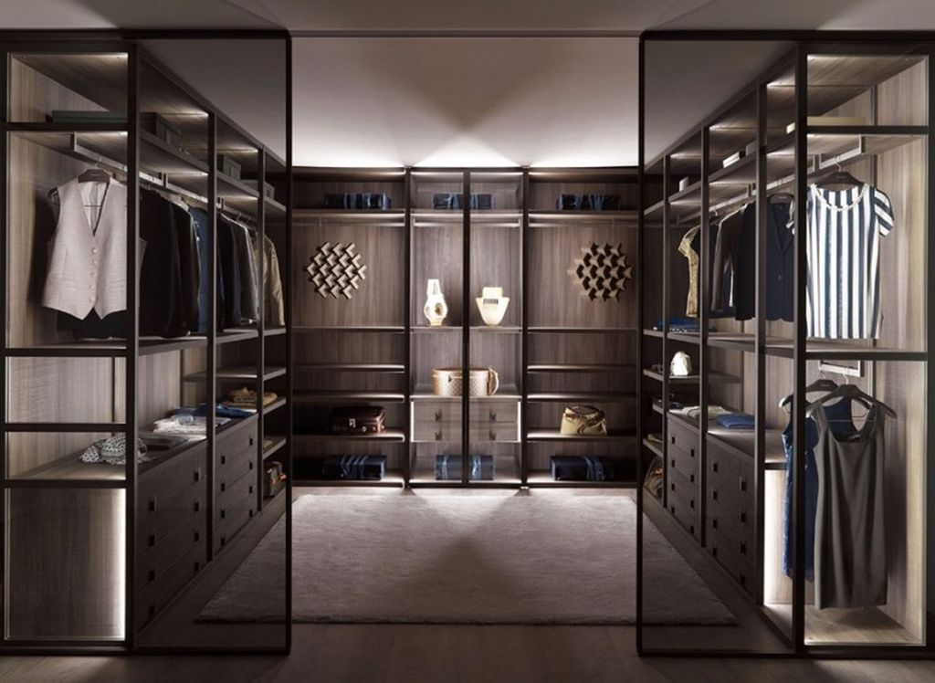 Rustic Wardrobe Design Ideas That Is In Trend 33