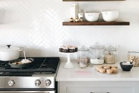 Adorable Kitchen Backsplash Decorating Ideas For This Year 28