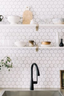 Adorable Kitchen Backsplash Decorating Ideas For This Year 44
