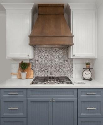 Adorable Kitchen Backsplash Decorating Ideas For This Year 57