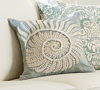 Adorable Pillows Decoration Ideas To Not Miss Today 26