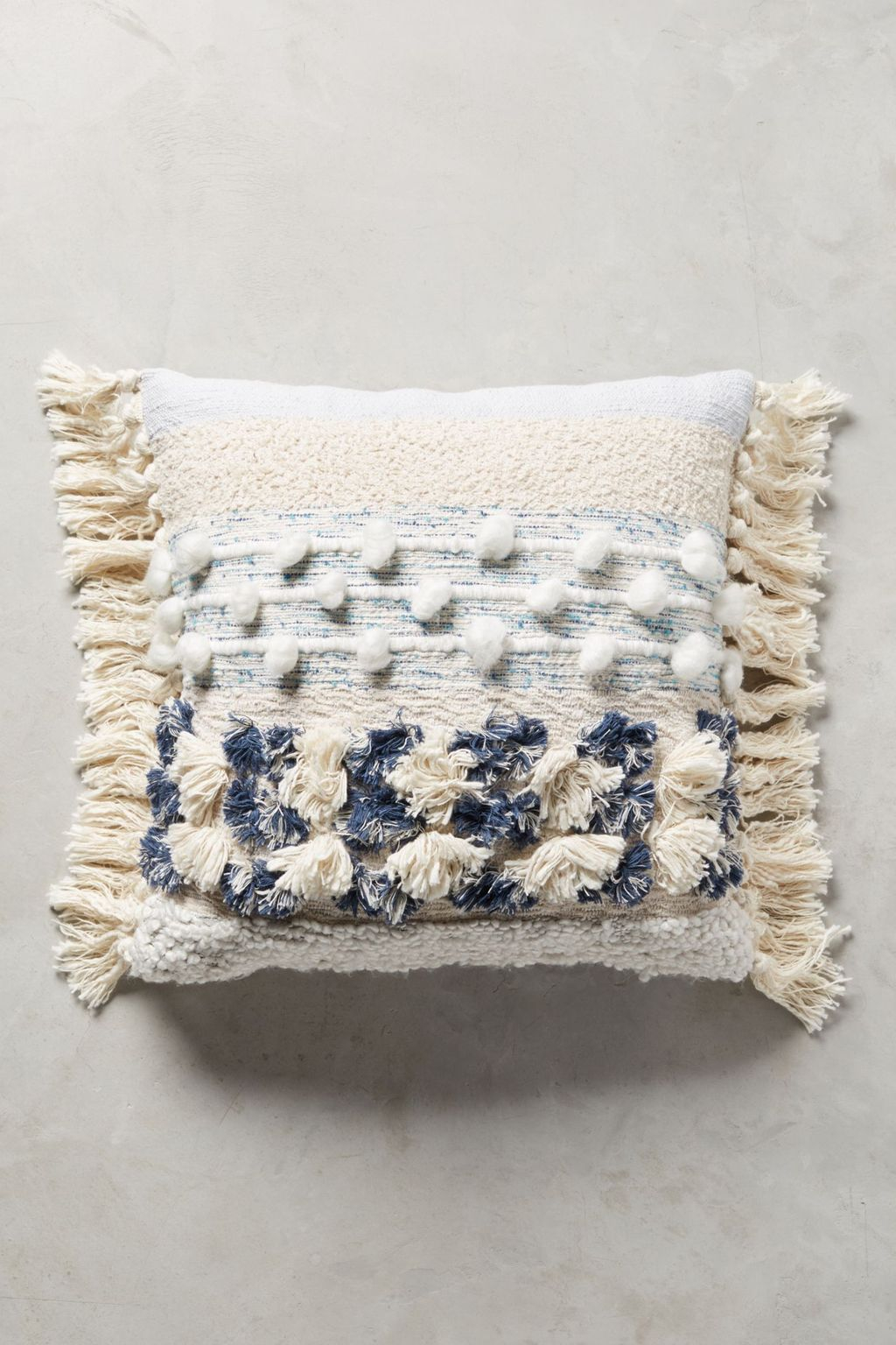 Adorable Pillows Decoration Ideas To Not Miss Today 27