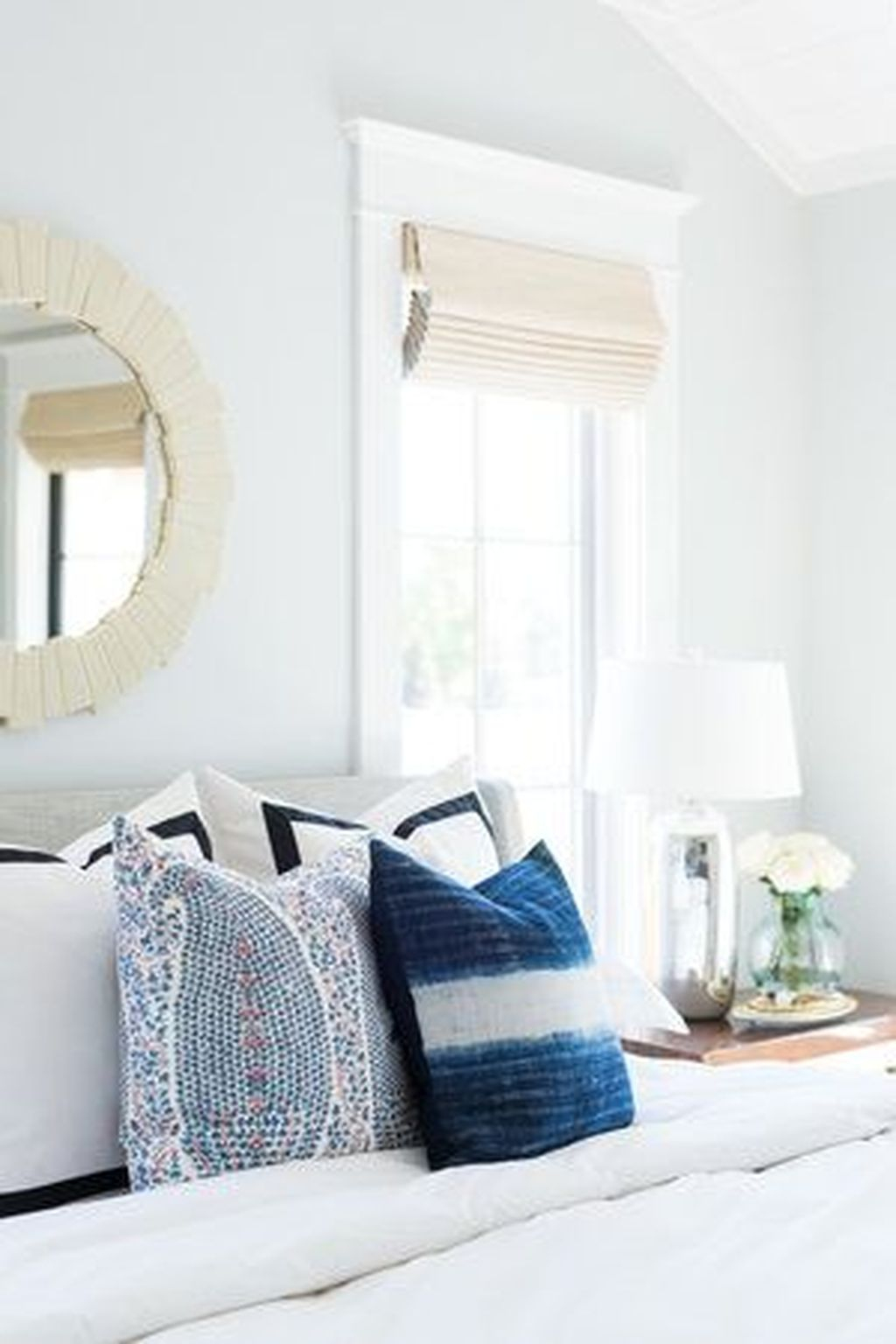 Adorable Pillows Decoration Ideas To Not Miss Today 32