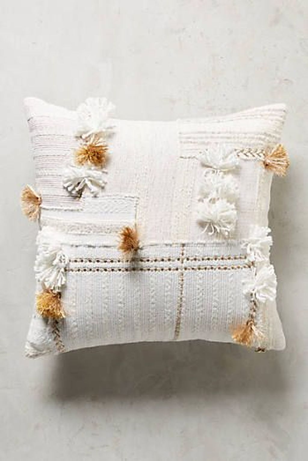 Adorable Pillows Decoration Ideas To Not Miss Today 41