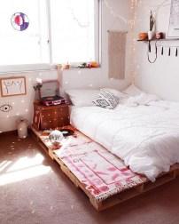Amazing Bedroom Pallet Design Ideas 30