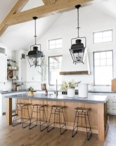 Amazing Organized Farmhouse Kitchen Decor Ideas 32