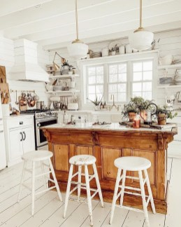 Amazing Organized Farmhouse Kitchen Decor Ideas 33