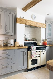 Chic Kitchen Style Ideas For Comfortable Old Kitchen 39