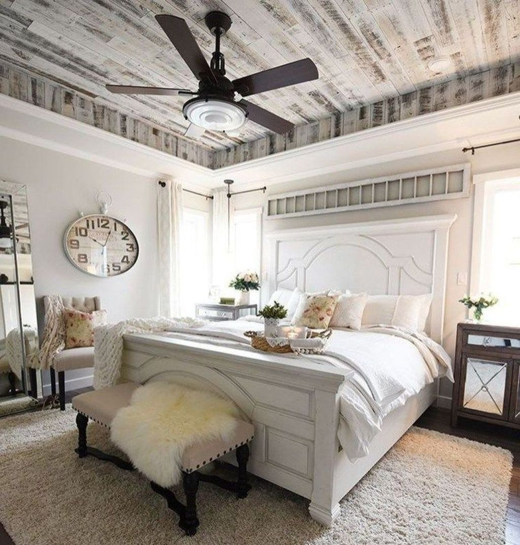 Cool French Country Master Bedroom Design Ideas With Farmhouse Style 01
