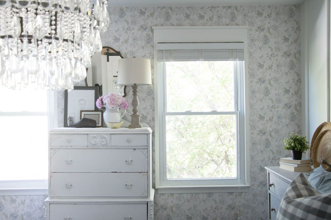 Cool French Country Master Bedroom Design Ideas With Farmhouse Style 09