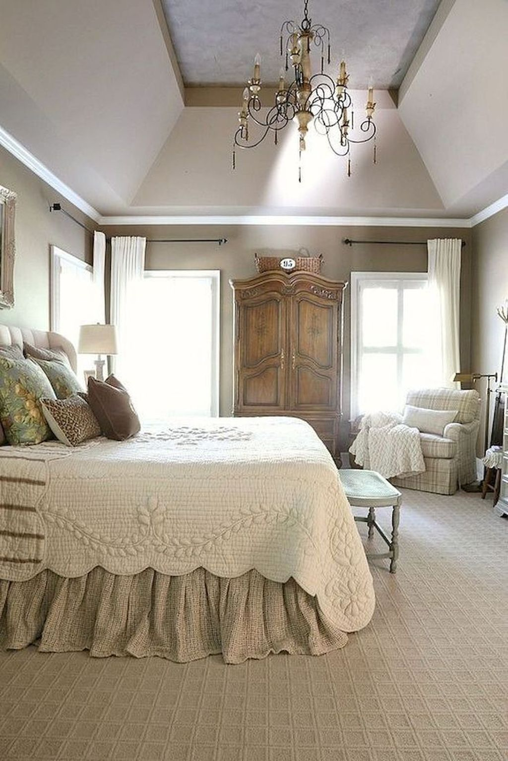 Cool French Country Master Bedroom Design Ideas With Farmhouse Style 11