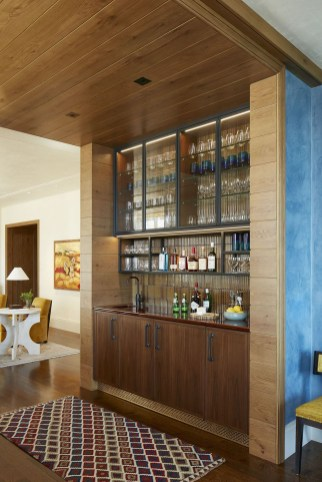 Delicate Home Bar Design Ideas That Make Your Flat Look Great 54