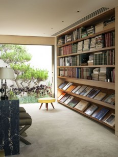 Elegant Bookshelves Decor Ideas That Trending Today 03