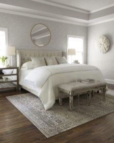 Lovely Bedroom Decor Ideas For Small Apartment 23