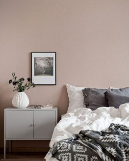 Lovely Bedroom Decor Ideas For Small Apartment 24