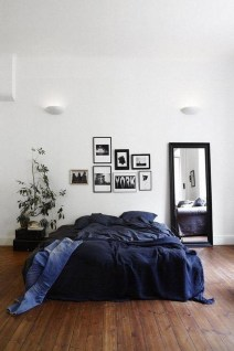 Lovely Bedroom Decor Ideas For Small Apartment 46