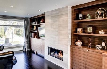 Pretty Bookshelves Design Ideas For Your Family Room 35
