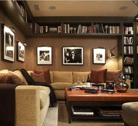 Pretty Bookshelves Design Ideas For Your Family Room 37