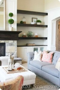 Pretty Bookshelves Design Ideas For Your Family Room 40