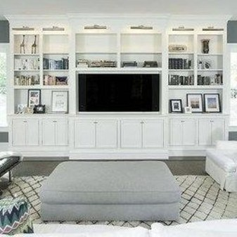 Pretty Bookshelves Design Ideas For Your Family Room 41