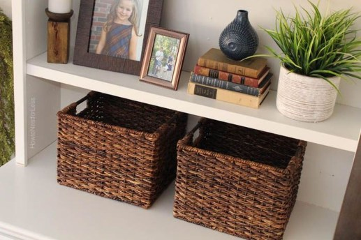 Pretty Bookshelves Design Ideas For Your Family Room 46
