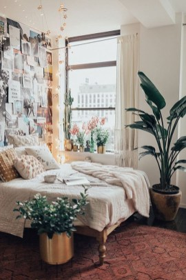 Stylish Bedroom Decoration Ideas For Your Apartment 08
