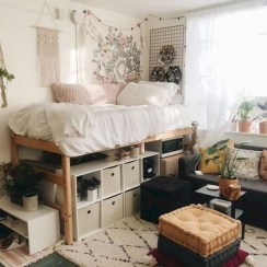 Stylish Bedroom Decoration Ideas For Your Apartment 35