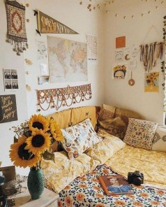 Adorable Dorm Room Design Ideas On A Budget 02