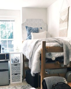 Adorable Dorm Room Design Ideas On A Budget 19