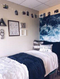 Adorable Dorm Room Design Ideas On A Budget 37