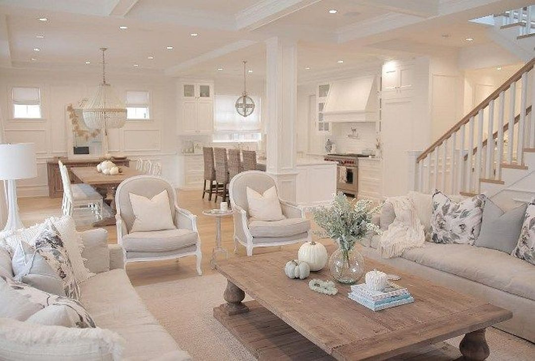 Best Coastal Living Room Decorating Ideas 16