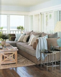 Best Coastal Living Room Decorating Ideas 18