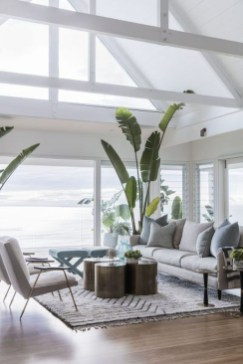 Best Coastal Living Room Decorating Ideas 34
