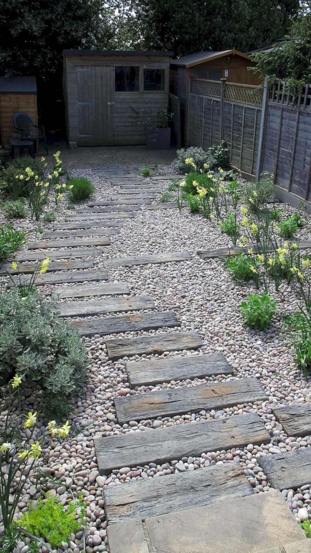 Classy Garden Path And Walkway Design And Remodel Ideas 09
