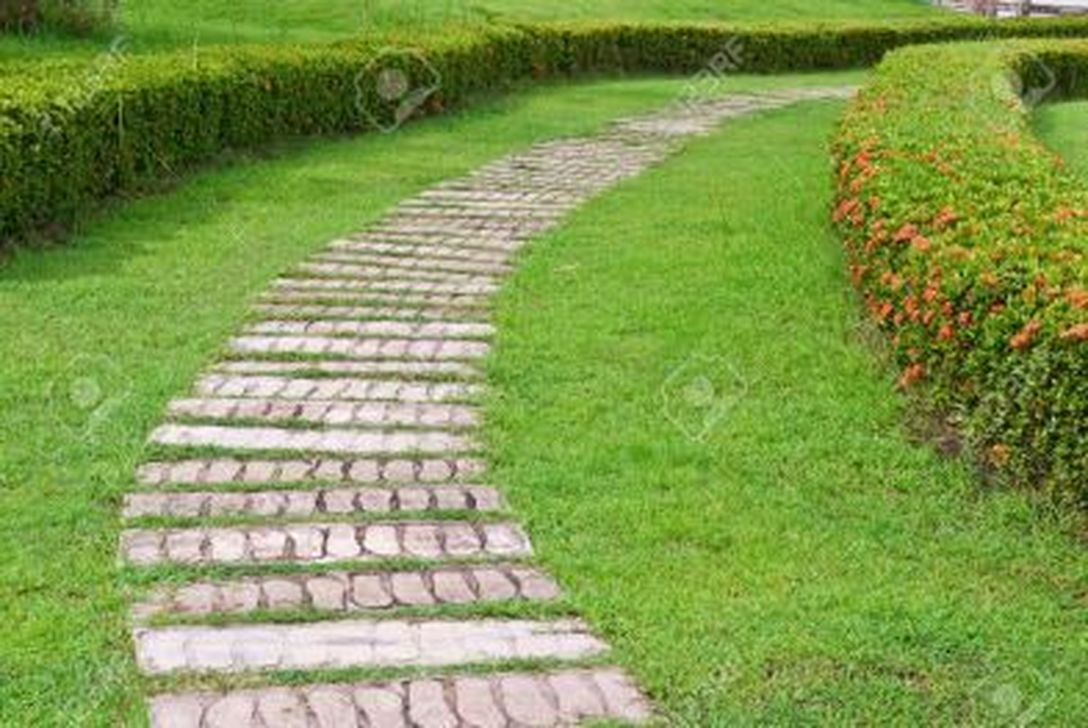 Classy Garden Path And Walkway Design And Remodel Ideas 10